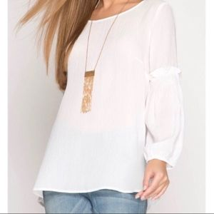 Tops - ❤️LAST ONE ❤️Long sleeve off white blouse